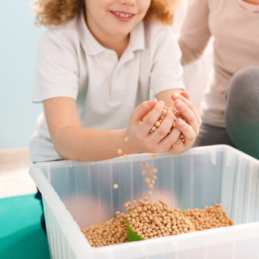 7 Tips for Using Sensory Bins with Kids